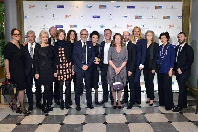 Le comité de direction de la Fragrance Foundation France, presque au complet