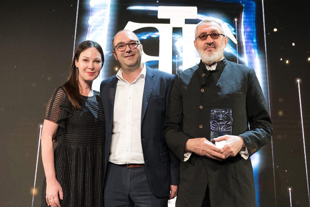 Fifi awards 2018 tapis rouge et stars d 39 un soir wagram for La salle de bain jean philippe toussaint