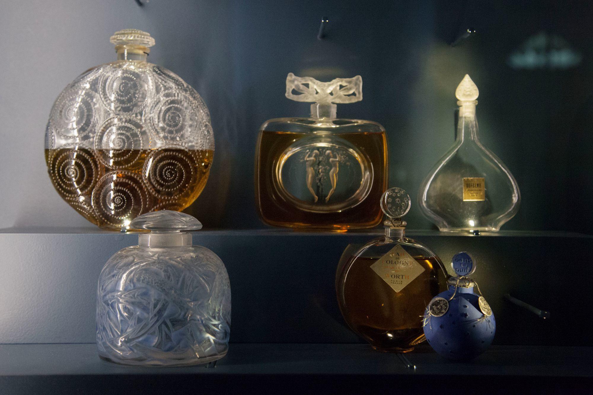 The Fragrance Foundation France Le Musée Du Parfum De La Rue